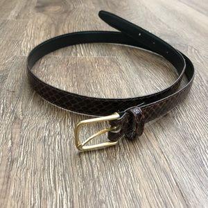 Vintage ~ faux snake skin skinny brown belt